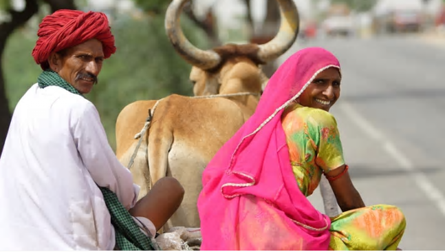 A man and a woman in Rajasthan, India. Photo by: DFAT / CC BY